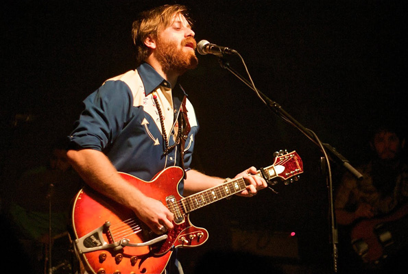 dan auerbach single Find dan auerbach discography, albums and singles on allmusic.