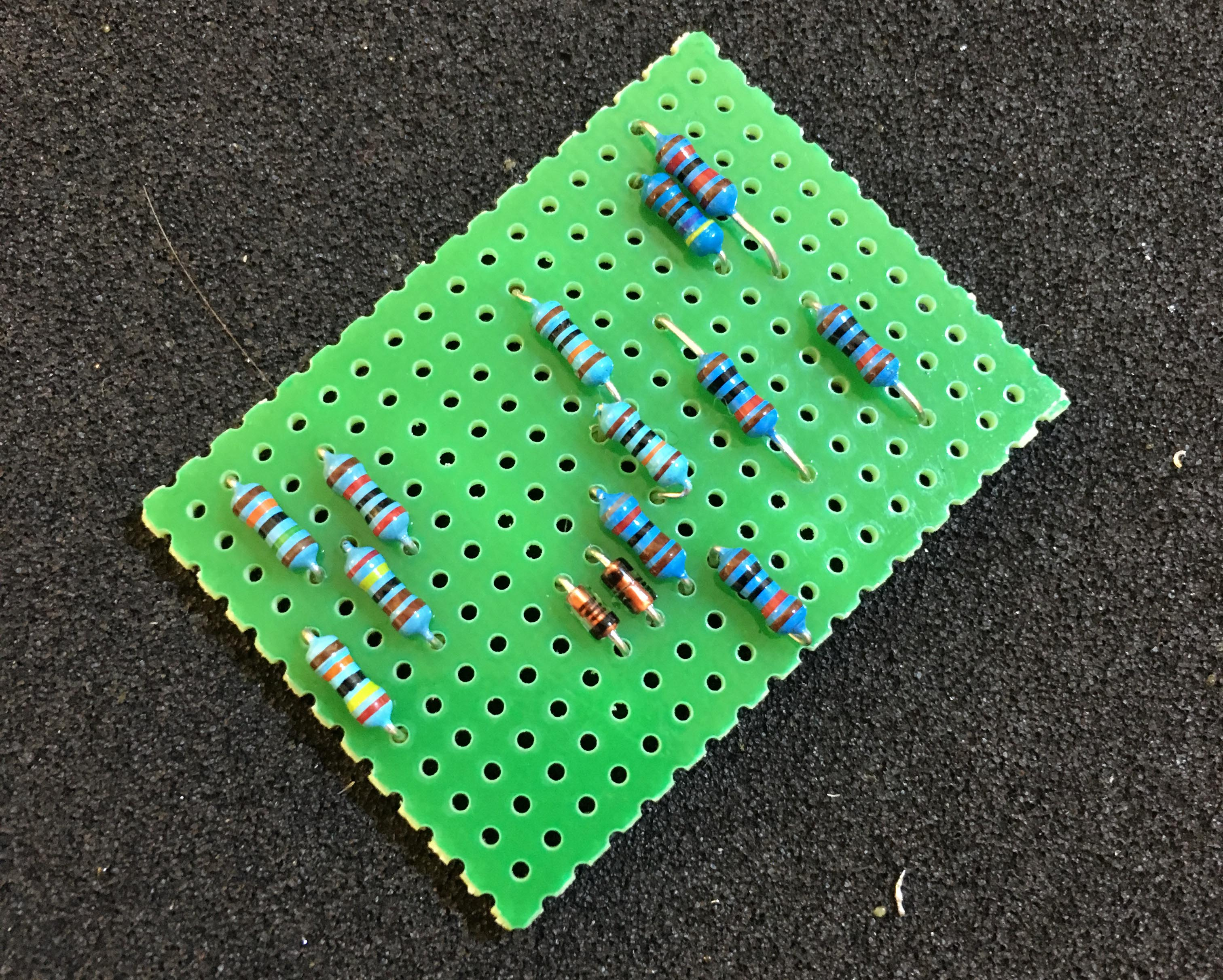 Build Your Own Dan Armstrong Blue Clipper Tone Report Doityourself How To Make A Circuit Board Guitar Pick Do It Not This Use The 200k And 150 Ohm Resistors From Diagram Parts List Instead
